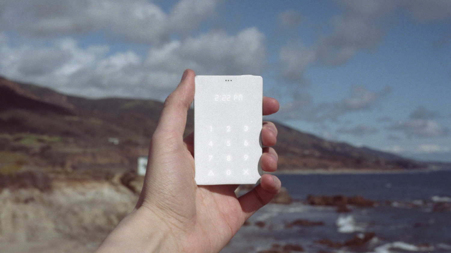 【I want.】 The Light Phone!